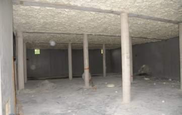Chais Rouge après pulvérisation de 230 mm sur le plafond en béton